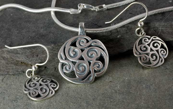 Trinity triskele jewelry by jen delyth large sterling silver triskelion celtic pendant earrings chain sterling silver set aloadofball Image collections