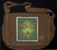 TREE HEART song of the trees  artPATCH Canvas Field Bag By Jen Delyth