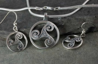 Celtic Doves Peace - Large Sterling Silver Celtic Pendant By Jen Delyth